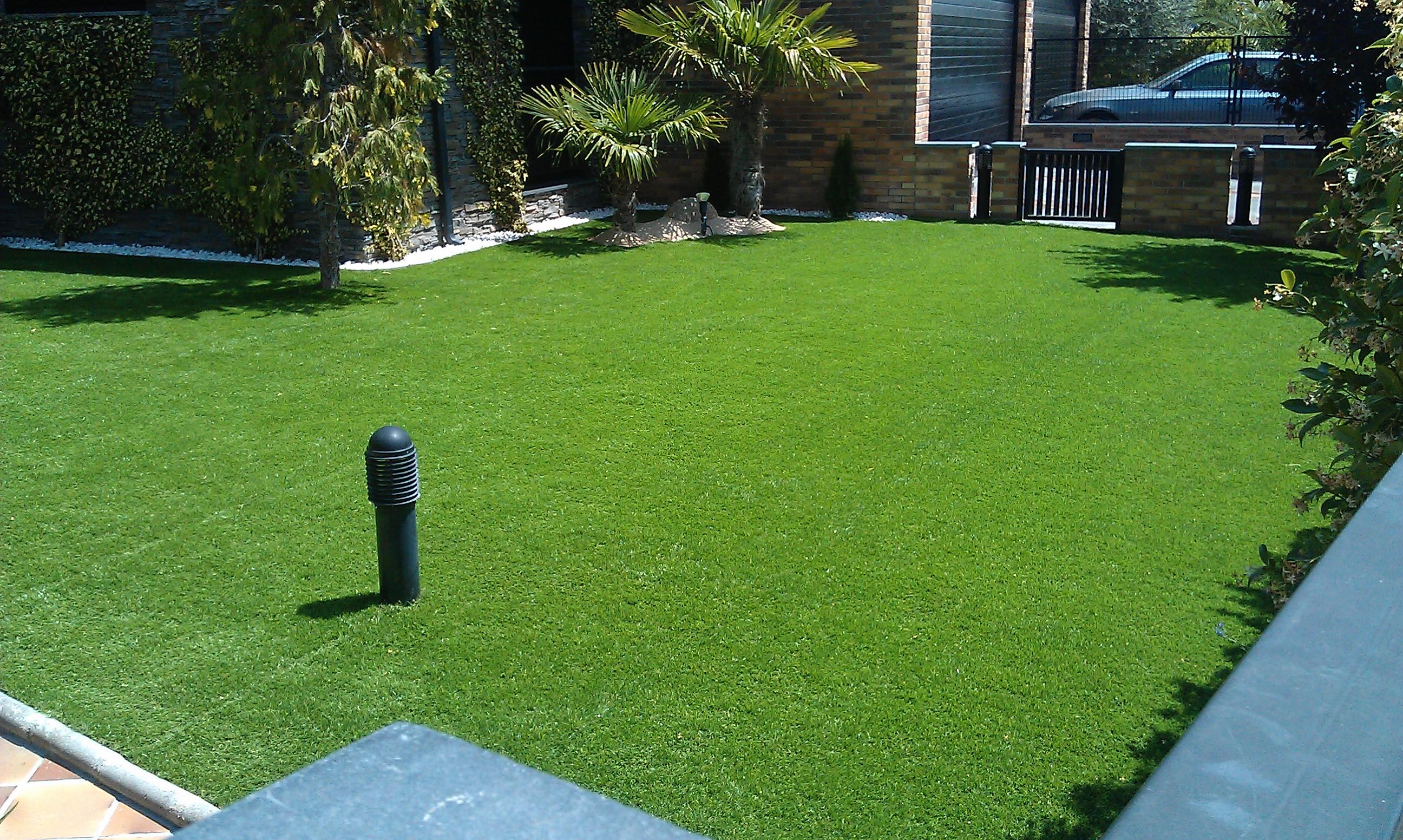 C sped artificial sativa jardineria - Cesped artificial economico ...